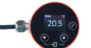 Infrared temperature sensor for industrial equipment