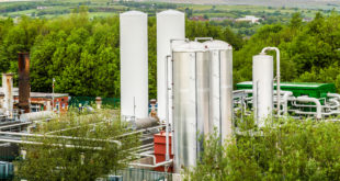 World's first grid-scale liquid air energy storage plant launched