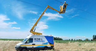 Protecting field operatives and assets in electricity industry