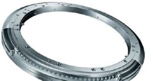Bearing solutions for connecting rail carriages and bogies