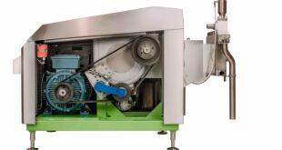 Homogeniser three-plunger reciprocating pump