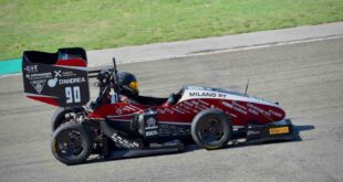 How composite materials helped place racing team in pole position