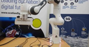 Robot arm lends a hand to socially-distanced engineering students